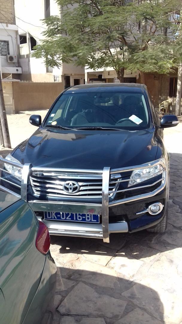 Toyota-RAV4_61