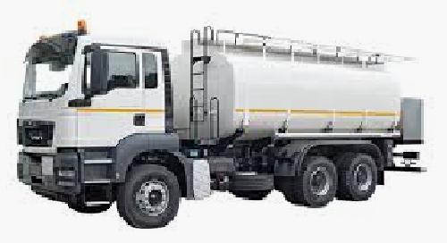 Camion-citerne-carburant_100